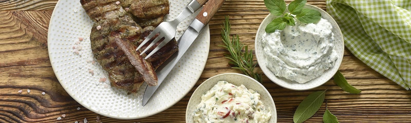 Dips zum Grillen - Feta-Käse-Dip oder Frischkäse-Kräuter-Dip