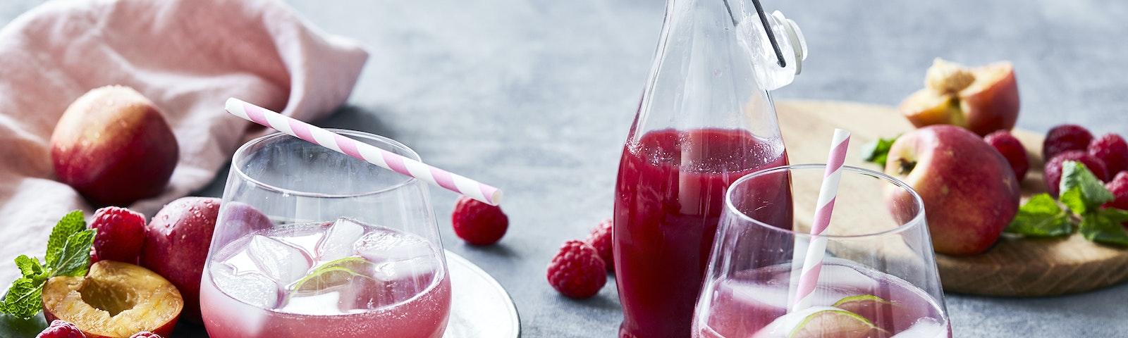 Lemonade med hindbær og nektarin